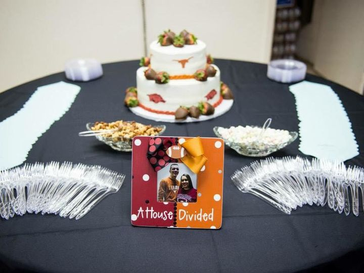 Tmx 1502128378575 2066498614501396017007137717784869144701200n Wills Point, Texas wedding cake