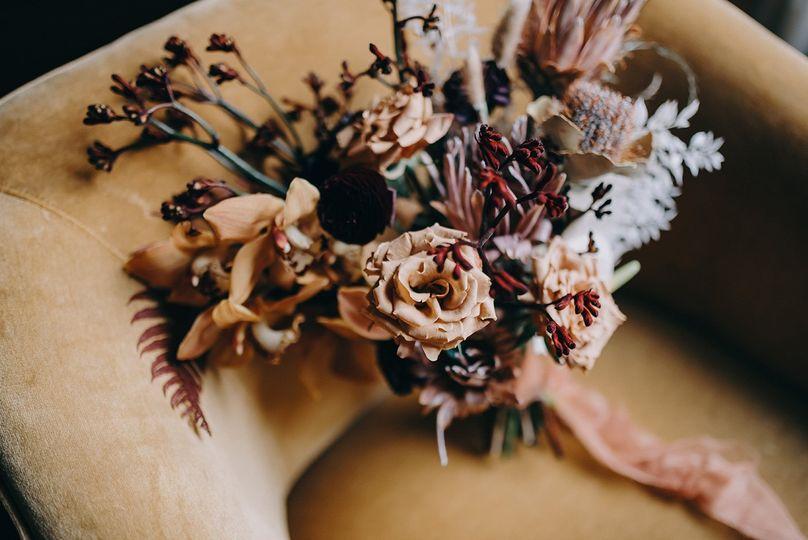 Winter bohemian bridal bouquet