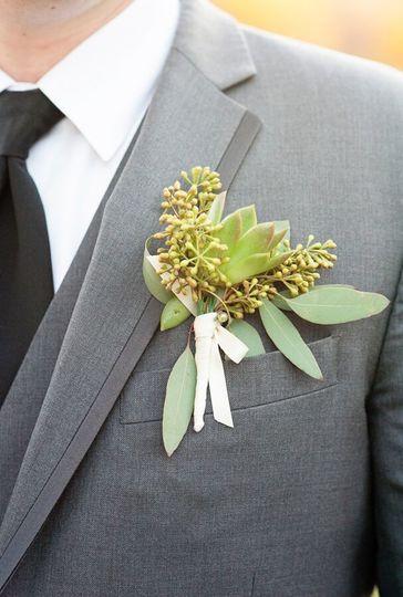 f5a292b99ba78206 1524274964 f129108f15b3b906 1524274950191 12 Bride Blossom B