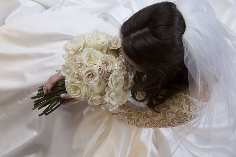 b49b79a33c93a78f 1524274980 c0bed622d606cf42 1524274950246 24 Bride Blossom B
