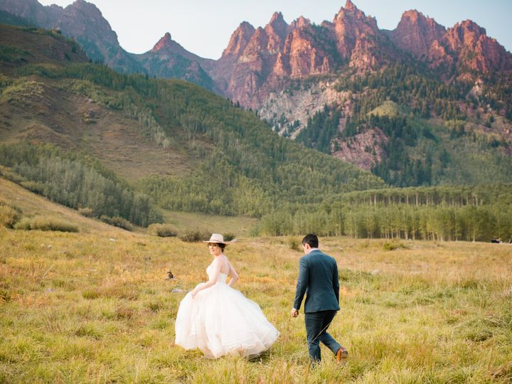 Tmx Amanda And Juan Maroon Bells Sneak Peek Jennie Crate Photographer 7 51 950599 161185981343859 Denver, CO wedding planner