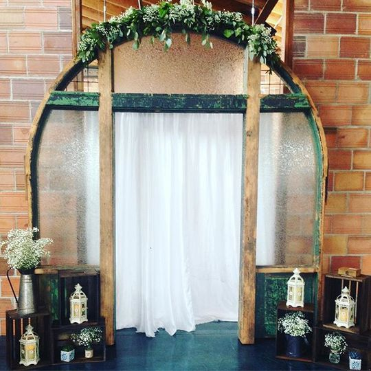 Antique Arch Backdrop