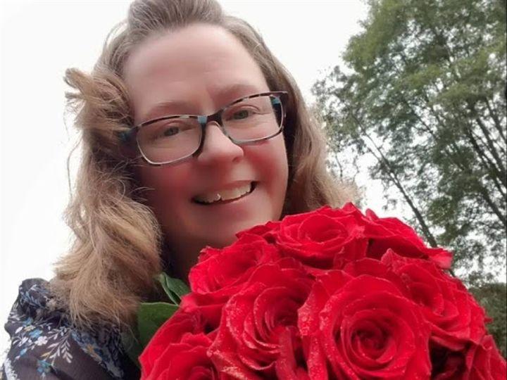 Tmx Red Roses And Darlene 51 613599 Berkshire, NY wedding florist