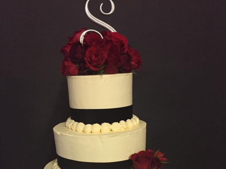 Tmx 1 51 1354599 158395855199549 Saint Louis, MO wedding cake