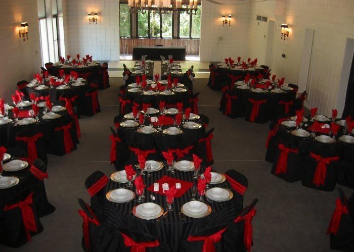 Black and red motif