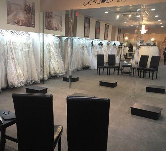 Tmx 1525717046 616e73fc915a74b9 1525717045 Bb34fb24ad215953 1525717045175 26 IMG 5599 Williamsville, NY wedding dress