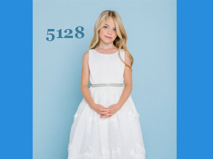 Tmx 1525717218 07a74cb4c85a0652 1525717218 F91f1cf705f6a055 1525717216241 28 6df65c2a2101d7f19 Williamsville, NY wedding dress