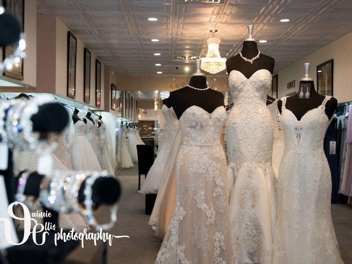 Tmx 1536695833 54767c0af9ae4dbc 1536695832 Ad38ccb65a9ed292 1536695831022 4 41079334 115031619 Williamsville, NY wedding dress