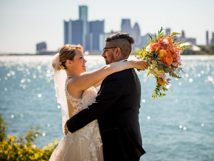 Tmx Julie Arjun 51 2699 Detroit, MI wedding venue