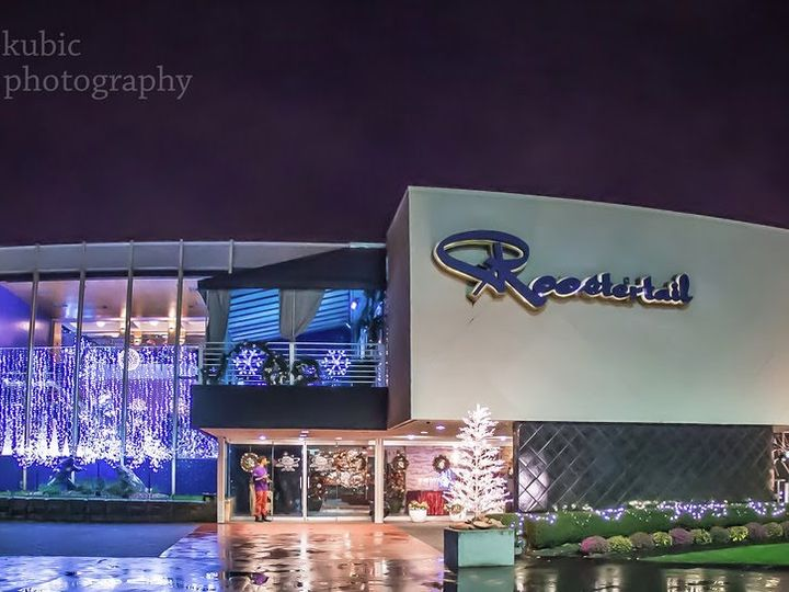 Tmx Roostertail Holiday Themed 51 2699 Detroit, MI wedding venue