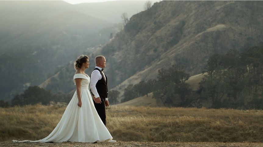GORGEOUS VINEYARD WEDDING