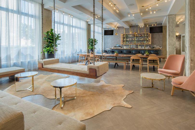 Lo Bar lobby area