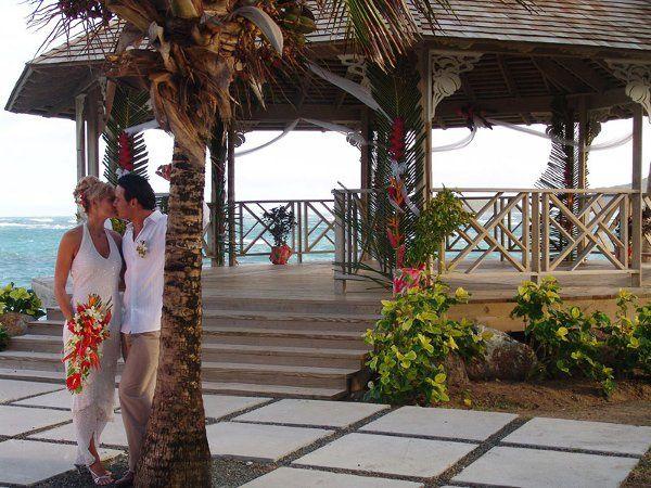 Tmx 1288976381807 Pr3WedGazeeboKiss Bronx wedding travel