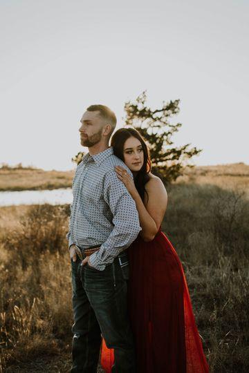 Jaxon + Tori- Couples Shoot