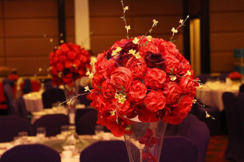 red bouquetevent