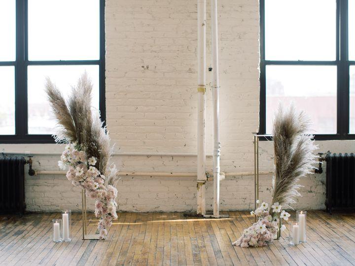 Tmx Hannahandjessie 27 Copy 51 1137699 158180715937842 New York, NY wedding florist