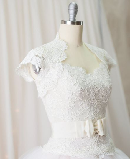 Dress with lacy details