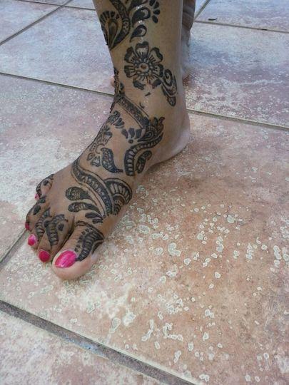 Black henna designs
