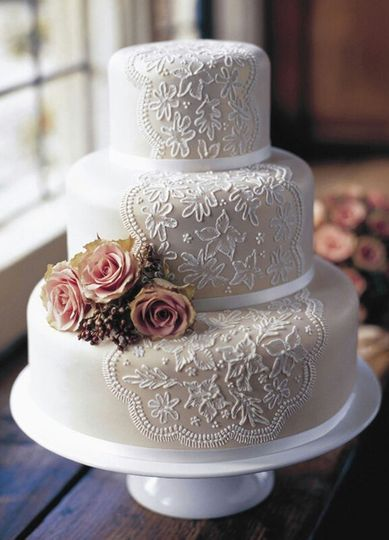 bbf919e1a9201da4 Lace Wedding Cakes 11