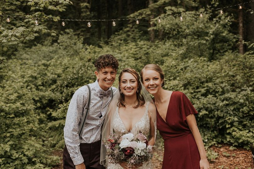 Wedding makeup and hair stylis