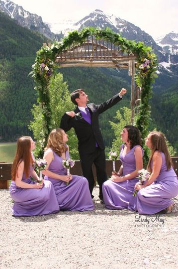 Groom with Bridesmaids 01