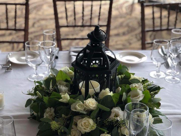 Tmx 39066533 1751795064875414 132503443343409152 N 51 621799 1569683754 Montgomery, NY wedding florist