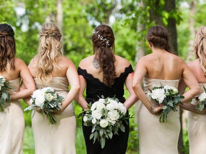 Tmx 49806283 1943744329013819 8106436830565498880 O 51 621799 1569683779 Montgomery, NY wedding florist