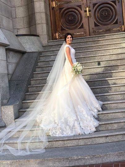 Such a lovely bride!