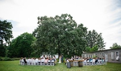 Badger Farms Wedding & Event Venue