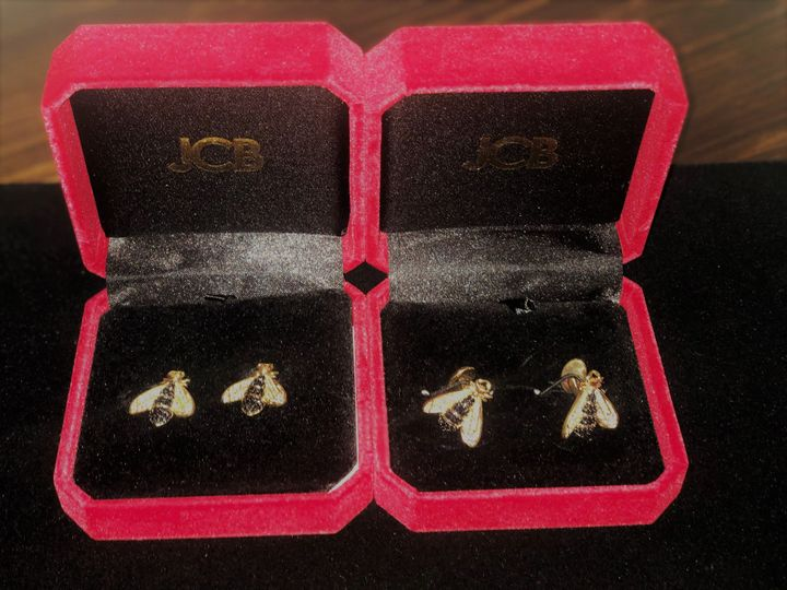 Tmx Napolean Bee Earings And Cuff Links 51 1037799 Boerne, TX wedding favor
