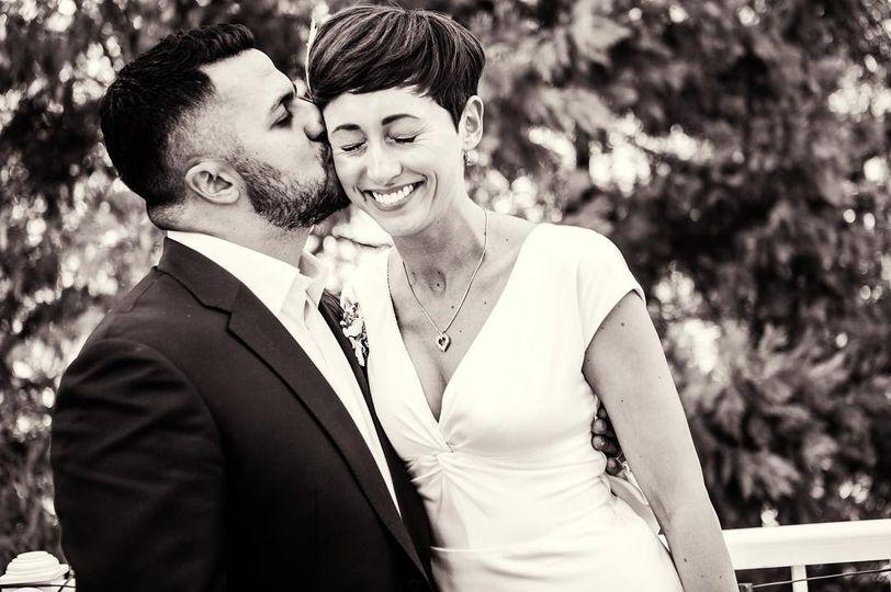 Happy newlyweds - Karla Bravo Photography