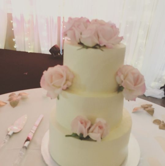 3 tier Nashville Wedding Cakes with amaretto butter cream and pink roses