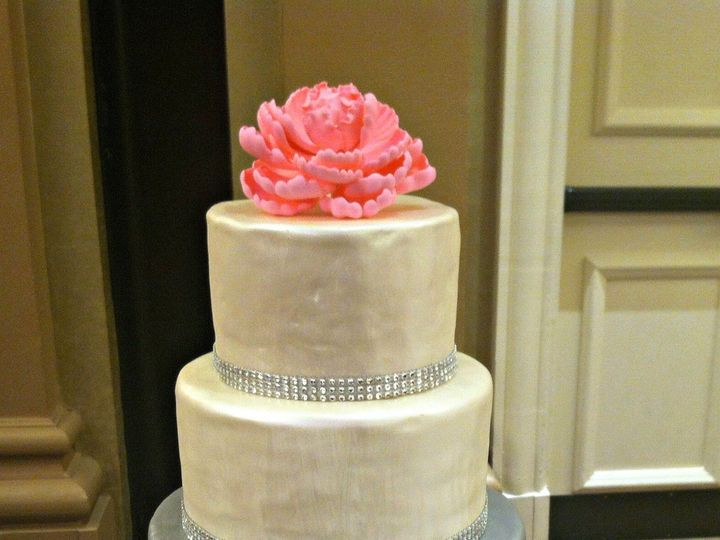 Tmx 1489959090744 Pearl And Sliver Cake Nashville, TN wedding cake