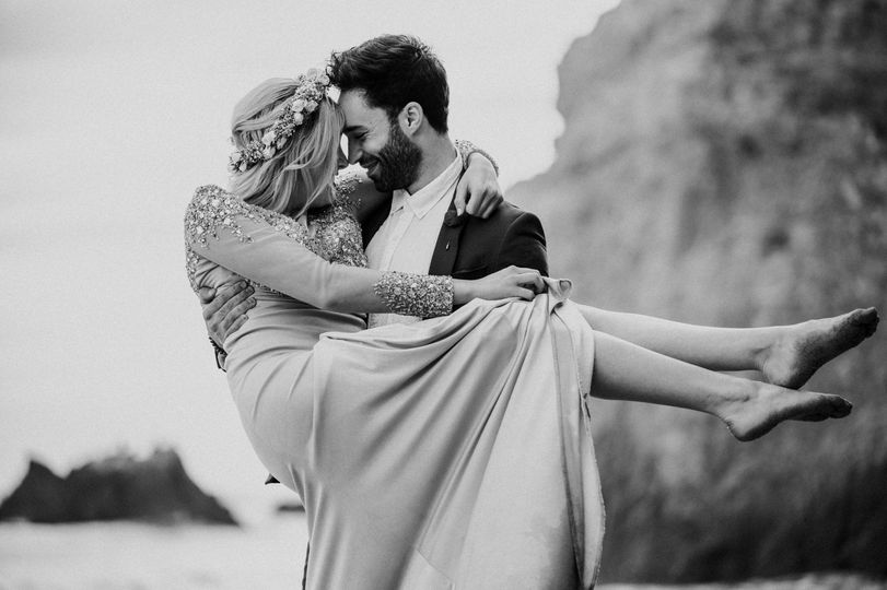 Couple embracing in black and white