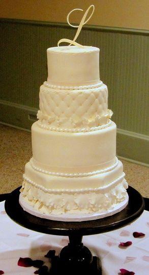 The Cakehole - Wedding Cake - New Palestine, IN - WeddingWire