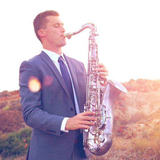 Saxophone - Piano - DJ