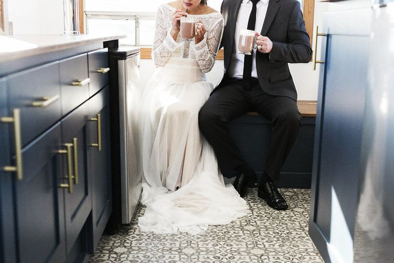 Newlyweds in the mobile bar