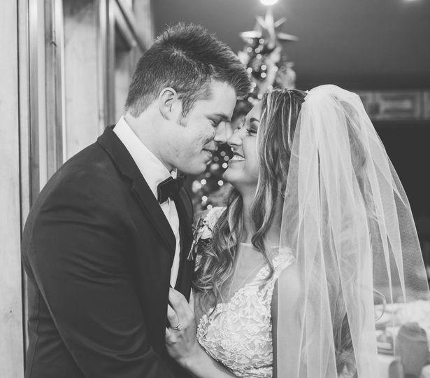 3cb344551b9ee409 1476064388633 watkins wedding wedding day highlights 0115