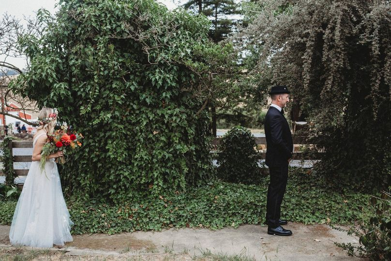 The first look - @beccahenryphotography