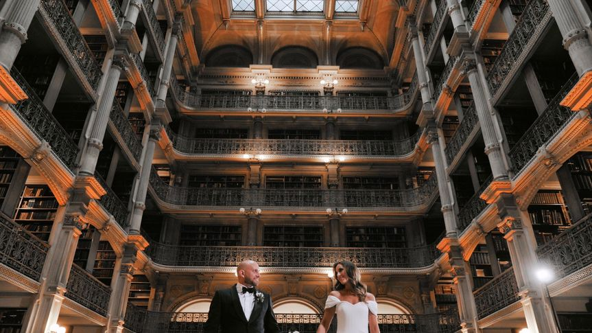 Look of love in the Peabody Library