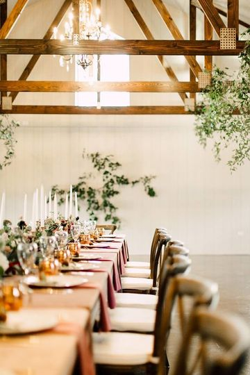 Long table | Hannah Higgins Photography