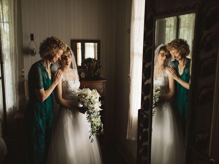 Tmx Francesseansneakpeeks 2 51 1020999 158032741578269 Lahaina, HI wedding planner