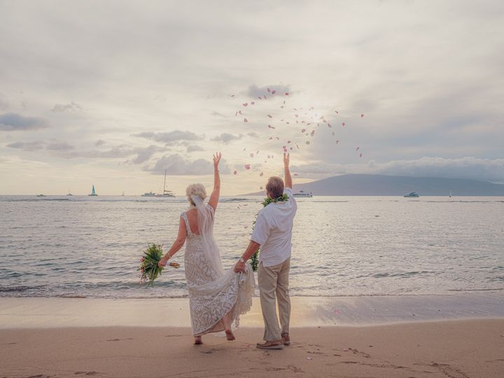 Tmx Natalie Lon 11 21 19 118 51 1020999 157574727449693 Lahaina, HI wedding planner