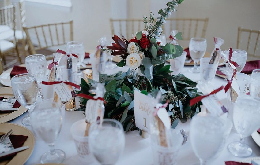 Centerpieces and favors