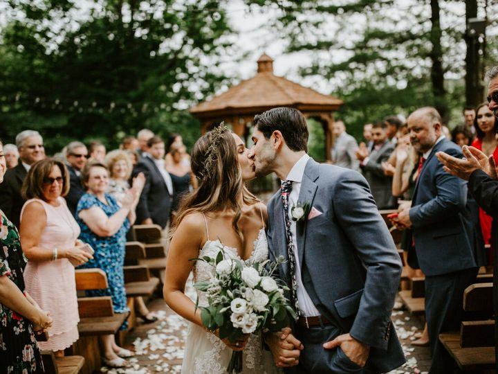Tmx Woodlandwedding Coreylynntucker 135 51 941999 Vernon Rockville, CT wedding beauty