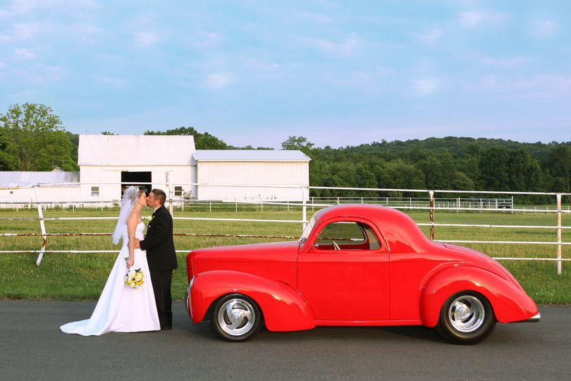 flanders valley antique car wedding photography