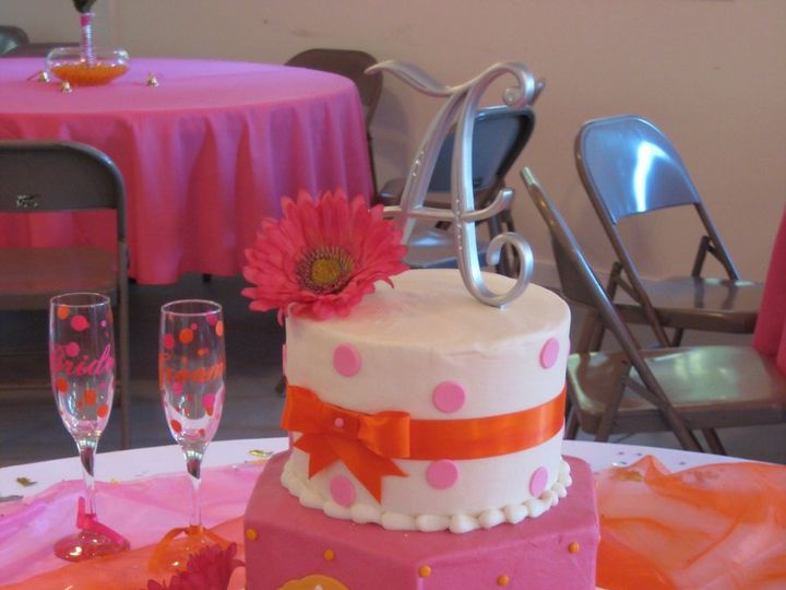 Tmx 1343223502696 BrittanyBrandon101610 Chester wedding cake