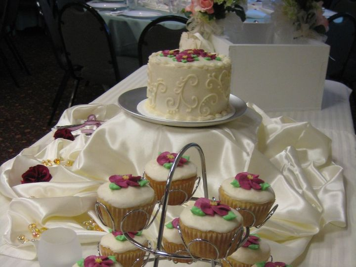 Tmx 1343223549516 IMG0895 Chester wedding cake