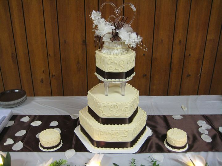 Tmx 1343223589501 IMG1075 Chester wedding cake