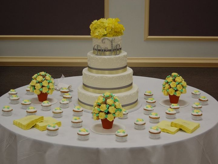 Tmx 1343224240169 DSC0506 Chester wedding cake